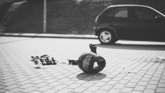 pierwsza pomoc na drodze, wypadek samochodowy, motocykle są wszędzie