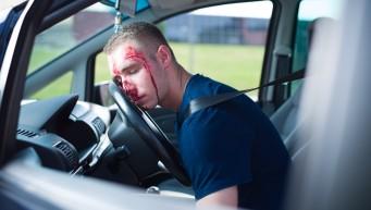 pierwsza pomoc na drodze, wypadek samochodowy, nieprzytomny kierowca