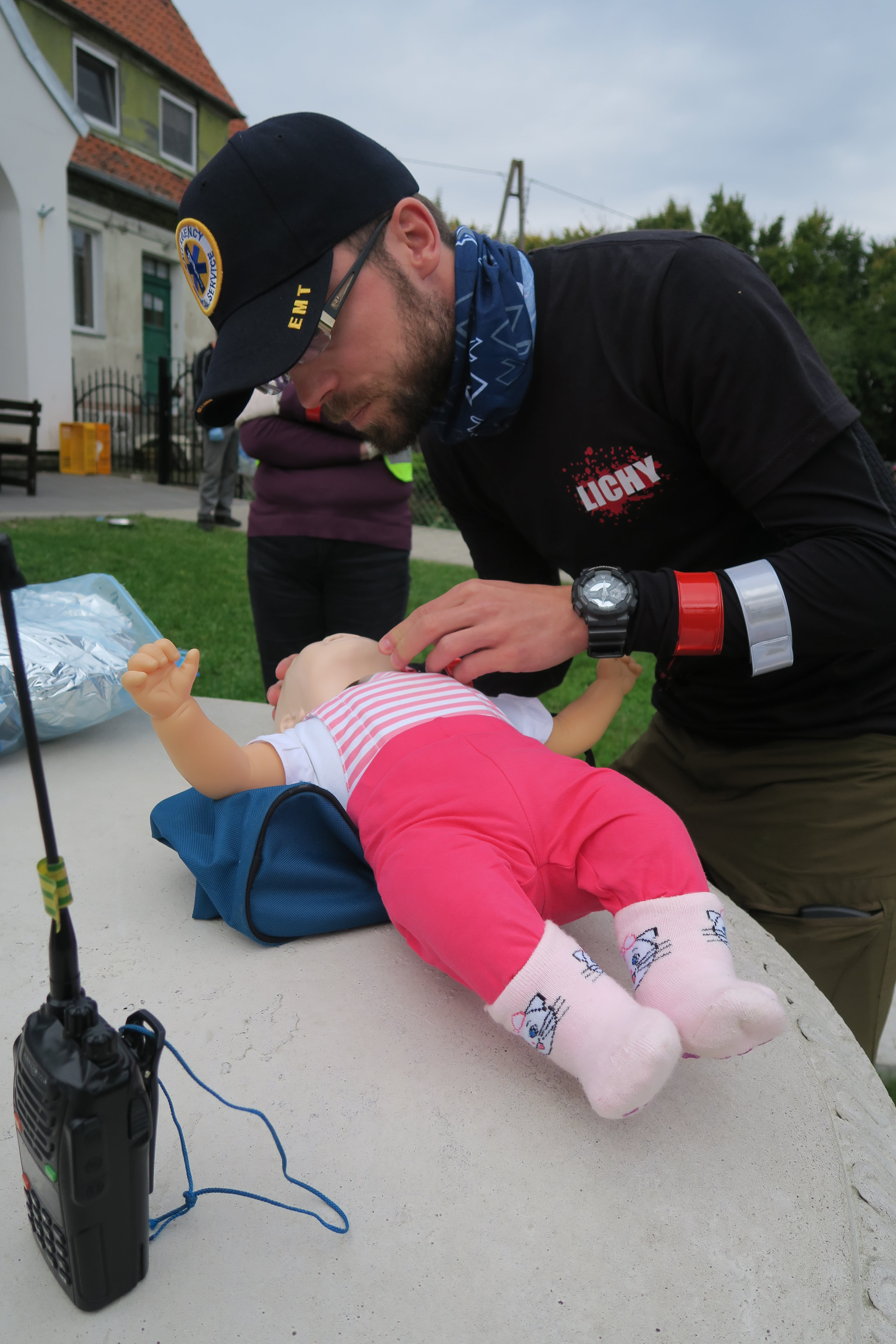 25.pierwsza pomoc małe dziecko, BLS dziecka, elektroniczna niania